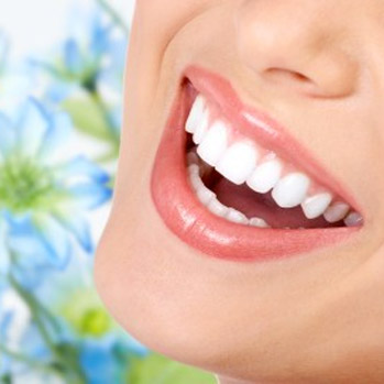 woman smile with perfect teeth
